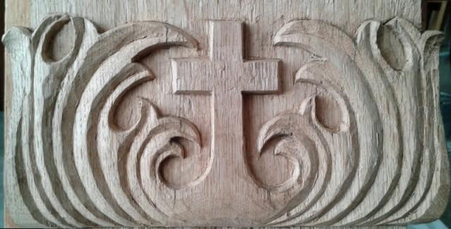 Relief am Fuß eines von mir renovierten Grabkreuzes aus Eichenholz, ca. 1947